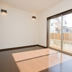 神戸市灘区2世帯新築一戸建て注文住宅自然健康耐震住まいマイホーム見学会1階主寝室